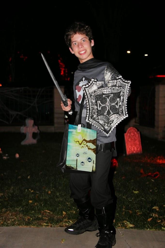 6 Tips to Make Halloween Fun for A Sensory Sensitive Child